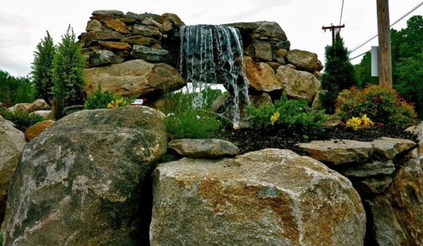 Pond & Water Features (2)