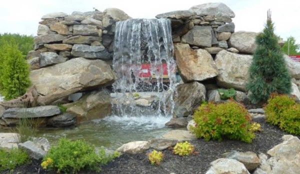 Pond & Water Features (4)